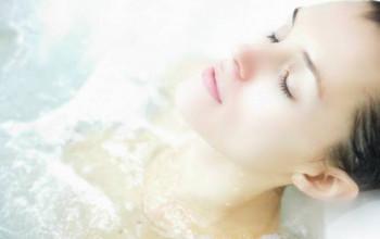 Hydromassage sur lit d'eau...